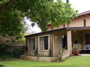 buckingham guest house in craighall park